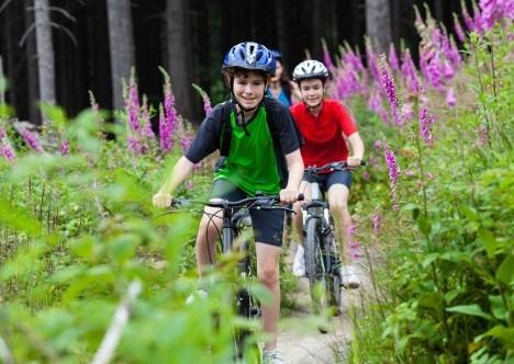 Colonies de vacances d'été randonnées à vélo