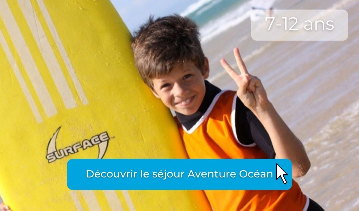 Enfant en colo surf cet été à l'ocean