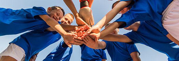 Jeunes en stage sportif de football